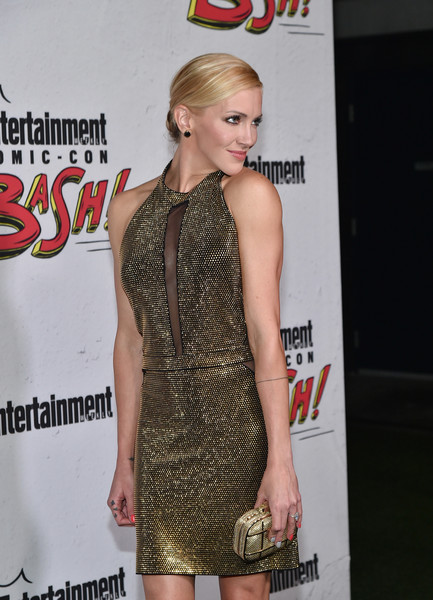 Katie Cassidy Metallic Clutch [entertainment weekly hosts its annual comic-con party at float at the hard rock hotel,san diego in celebration of comic-con 2017 - arrivals,clothing,dress,shoulder,cocktail dress,hairstyle,premiere,fashion,joint,blond,carpet,katie cassidy,san diego,hard rock hotel,california,entertainment weekly,party,celebration,comic-con]