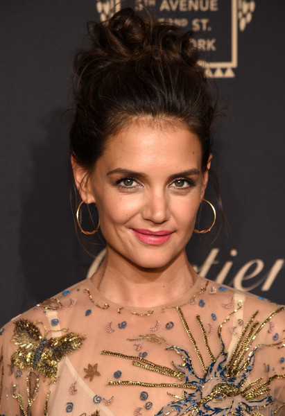 Katie Holmes Gold Hoops [hair,face,hairstyle,eyebrow,beauty,shoulder,chin,bun,skin,lip,katie holmes,cartier fifth avenue grand reopening event,new york city,cartier mansion]