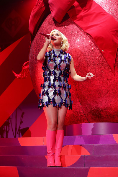 Katy Perry Knee High Boots [red,performance,stage,beauty,fashion,lady,blond,pink,leg,performing arts,katy perry,xcel energy center,st. paul,minneapolis,minnesota,kdwb,capital one,jingle ball,show]