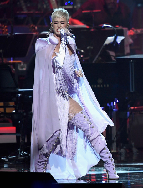 Katy Perry Over the Knee Boots [performance,entertainment,fashion model,performing arts,stage,music artist,public event,event,fashion,performance art,los angeles convention center,california,musicares person of the year,dolly parton,katy perry]