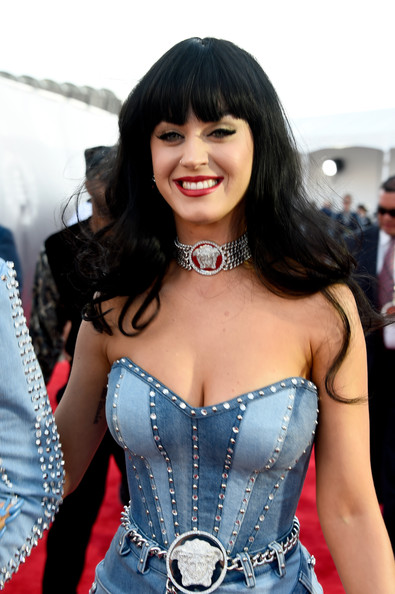 Katy Perry Sterling Choker Necklace [clothing,corset,lady,beauty,black hair,costume,cosplay,long hair,smile,dress,arrivals,katy perry,2014 mtv video music awards,inglewood,california,the forum]