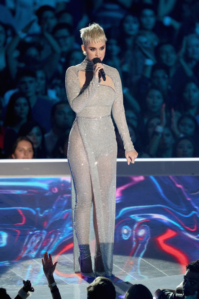 Katy Perry Cutout Dress [performance,fashion,fashion show,public event,music artist,event,fashion model,stage,runway,performing arts,katy perry,mtv video music awards,inglewood,california,the forum,show]