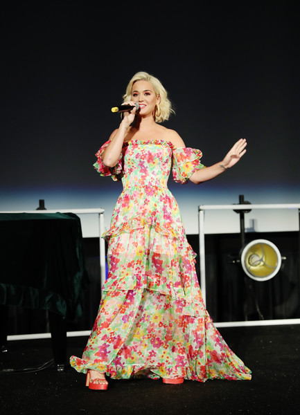 Katy Perry Off-the-Shoulder Dress [music,performance,entertainment,performing arts,singing,singer,event,pink,talent show,music artist,public event,katy perry,media,industry,projects,los angeles,california,capitol music group,6th annual capitol congress premieres new music and projects for industry and media,capitol congress]