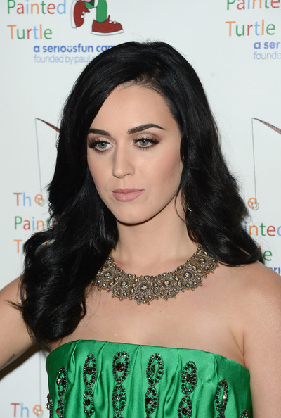 Katy Perry Neutral Eyeshadow [music,music,hair,hairstyle,black hair,shoulder,long hair,forehead,eyelash,lip,fashion accessory,hair coloring,arrivals,katy perry,paul newman,carole king,benefit,the painted turtle camp,a celebration of carole king,celebration]