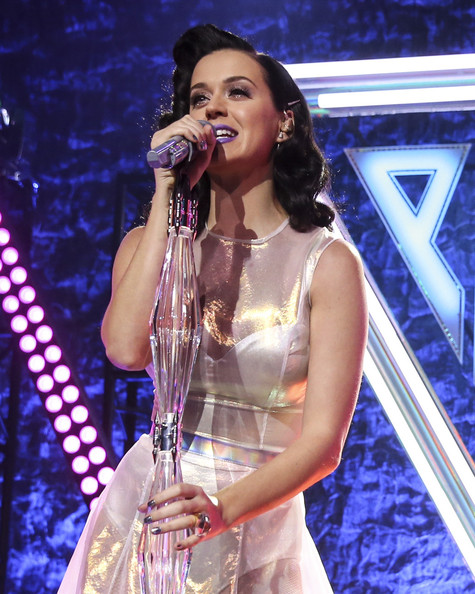 Katy Perry Metallic Nail Polish [performance,entertainment,music artist,singing,performing arts,singer,song,music,event,public event,katy perry,stage,los angeles,california,katy perry iheartradio album release party,katy perry iheartradio,album release party]