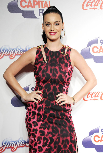 Katy Perry Red Nail Polish [clothing,dress,hairstyle,fashion,cocktail dress,carpet,flooring,shoulder,long hair,neck,katy perry,room,england,london,02 arena,capital fm,jingle bell ball]