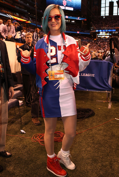 Katy Perry Track Jacket [clothing,cosplay,costume,fan convention,electric blue,event,fictional character,katy perry,indianapolis,indiana,lucas oil stadium,bridgestone,pregame show,super bowl xlvi]