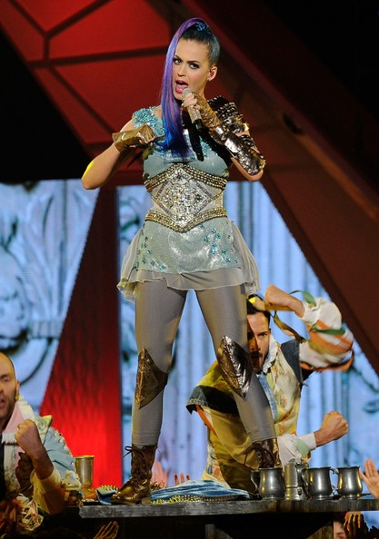 Katy Perry Leggings [performance,entertainment,music,music artist,performing arts,stage,event,public event,song,singing,katy perry,kids choice awards,california,los angeles,galen center,nickelodeon,show]