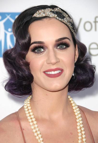 Katy Perry Finger Wave [hair,face,eyebrow,hairstyle,forehead,lip,chin,beauty,skin,black hair,katy perry,bob pittman - arrivals,bob pittman,music and entertainment industry group honors,moca,los angeles,california,city of hope,the geffen contemporary]