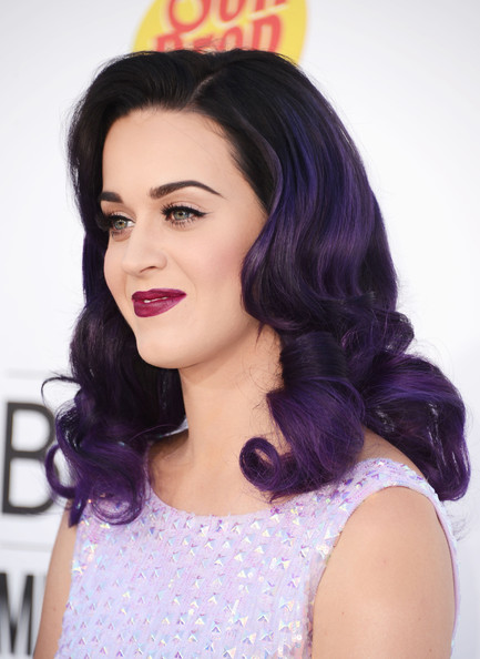Katy Perry Medium Curls [hair,face,purple,hairstyle,lip,black hair,eyebrow,violet,beauty,forehead,arrivals,katy perry,billboard music awards,2012 billboard music awards,las vegas,nevada,mgm grand garden arena]