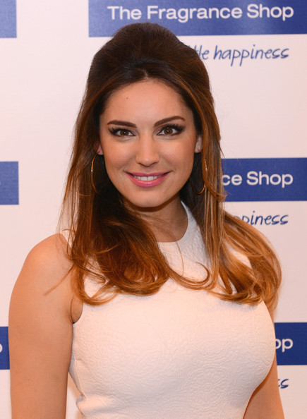 Kelly Brook Half Up Half Down