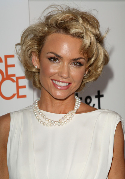 Kelly Carlson Short Curls [melrose place,hair,blond,hairstyle,face,eyebrow,chin,lip,shoulder,human,brown hair,kelly carlson,premiere party - arrivals,california,los angeles,at t,cw,premiere party]