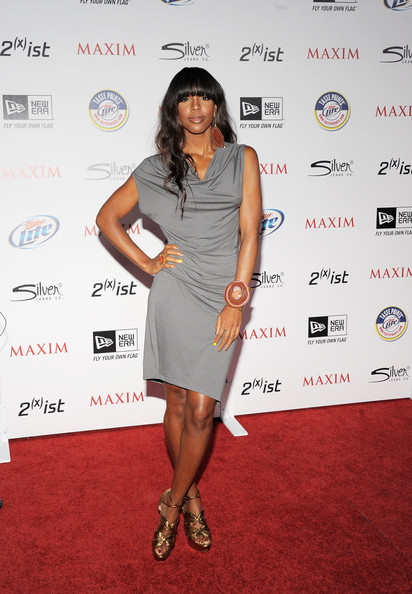 Kelly Rowland Cocktail Dress [miller lite,clothing,dress,cocktail dress,red carpet,fashion,fashion model,carpet,shoulder,footwear,fashion design,silver jeans co,arrivals,kelly rowland,ist,eden,california,hollywood,new era,maxim hot 100 party]
