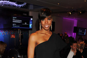 Kelly Rowland Reveals the Secrets to her Teeny Tiny Waist