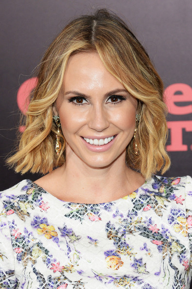 Keltie Knight Short Wavy Cut [one direction: this is us,hair,blond,hairstyle,face,eyebrow,chin,brown hair,layered hair,beauty,long hair,arrivals,keltie knight,new york,ziegfeld theater,premiere]
