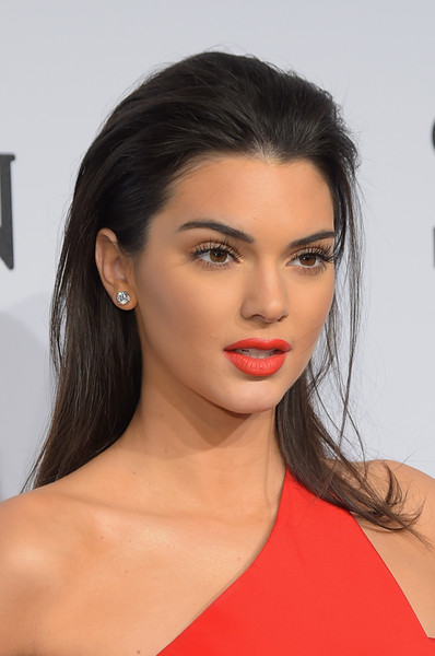 Kendall Jenner Red Lipstick [hair,face,lip,eyebrow,hairstyle,beauty,chin,skin,cheek,shoulder,arrivals,kendall jenner,new york city,cipriani wall street,amfar new york,amfar new york gala]