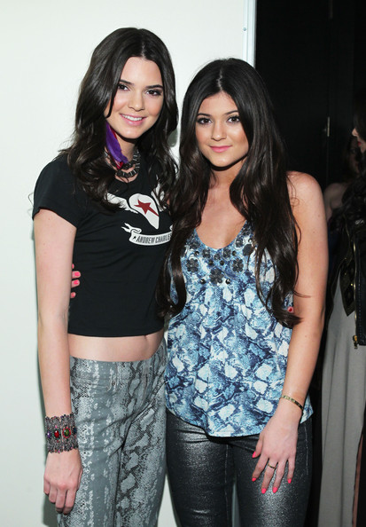 TV personalities Kendall Jenner (L) and Kylie Jenner attend the 19th