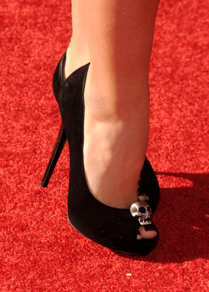 521aacb19cb3 Kendra Wilkinson Peep Toe Pumps - Kendra Wilkinson Shoes Lookbook ...