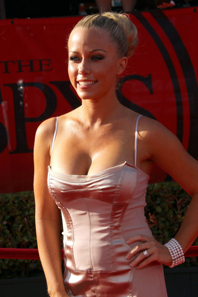 Kendra Wilkinson Classic Bun [clothing,beauty,hairstyle,blond,fashion,dress,shoulder,model,lip,cocktail dress,arrivals,kendra wilkinson,2011 espy awards,nokia theatre l.a. live,los angeles,california]