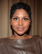 Toni Braxton looked retro-chic with her finger wave during Kenneth Edmonds' Walk of Fame ceremony.