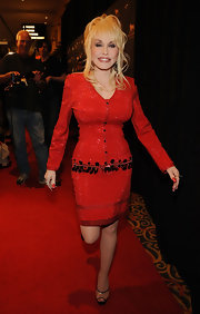 Dolly proves that red is her color in this sparkling number.