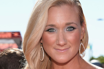 Kerri Walsh Jennings Goes Glam with a Side Sweep