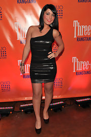 Angelina Pivarnick amped up the edge factor with a pair of studded platform pumps.
