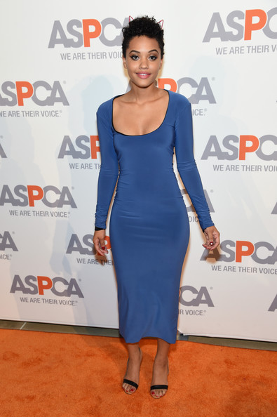 Kiersey Clemons Form-Fitting Dress [clothing,dress,cobalt blue,cocktail dress,shoulder,electric blue,fashion,red carpet,carpet,premiere,aspca young friends benefit,iac building,new york city,kiersey clemons]
