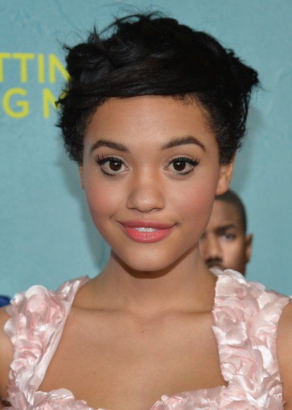 Kiersey Clemons Messy Cut [that awkward moment,hair,face,hairstyle,eyebrow,lip,beauty,chin,skin,black hair,forehead,red carpet,kiersey clemons,that akward moment,california,los angeles,regal cinemas l.a. live,focus features,premiere,premiere]