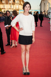 Astrid Berges Frisbey styled her look with gray and black cap-toe platform pumps, also by Chanel.