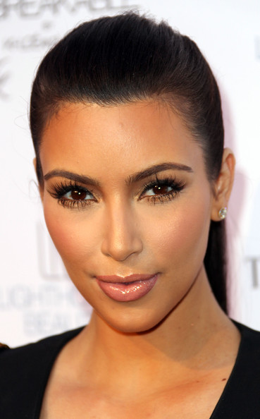 kim kardashian 2011 april. Kim Kardashian Beauty