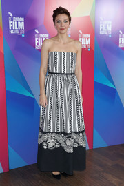 Maggie Gyllenhaal looked darling in a strapless print gown by Dior at the European premiere of 'The Kindergarten Teacher.'