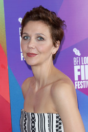 Maggie Gyllenhaal attended the European premiere of 'The Kindergarten Teacher' wearing a mildly messy short 'do.