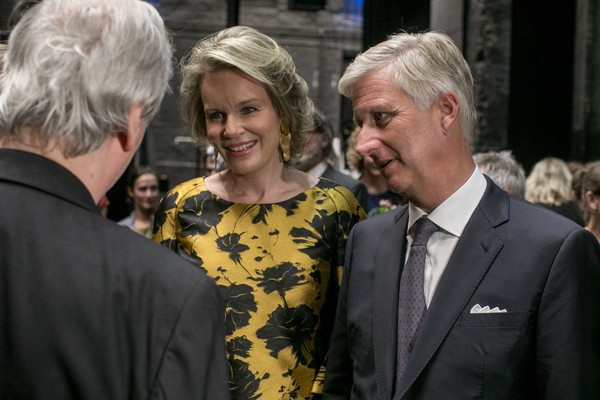 More Pics of Queen Mathilde of Belgium Short Curls (1 of 13) - Queen Mathilde of Belgium Lookbook - StyleBistro [philippe of belgium,mathilde of belgium,pinocchio,the pinoccio opera in brussels,event,premiere,official,belgium,brussels,royal monnaie]