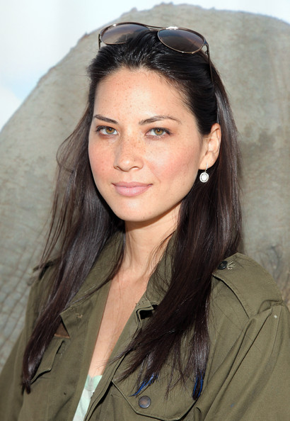 More Pics of Olivia Munn Long Straight Cut (1 of 4) - Olivia Munn Lookbook - StyleBistro