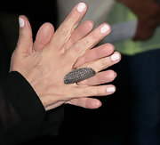 Sharon Osbourne wore gorgeous jewelry pieces at the 75th anniversary party of Kreiss which included an elongated diamond-studded ring.