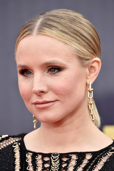 Kristen Bell Dangling Chain Earrings