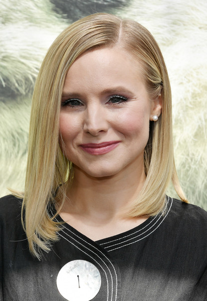 Kristen Bell Pearl Studs [blond,eyebrow,beauty,human hair color,hairstyle,chin,cheek,forehead,smile,long hair,arrivals,kristen bell,imax entertainments pandas,pandas,california,warner bros. pictures,imax entertainment,tcl chinese theatre imax,premiere,premiere]