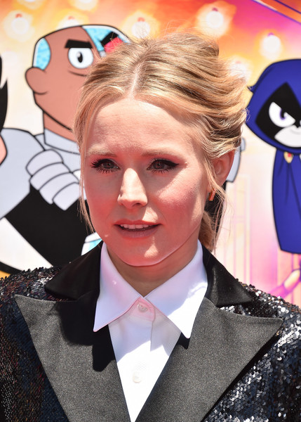 Kristen Bell French Braid [animations,the movies,teen titans go,hair,cartoon,hairstyle,animated cartoon,illustration,style,fictional character,formal wear,anime,art,kristen bell,los angeles,warner bros.,warner bros. animation,tcl chinese theatre imax,premiere,premiere]