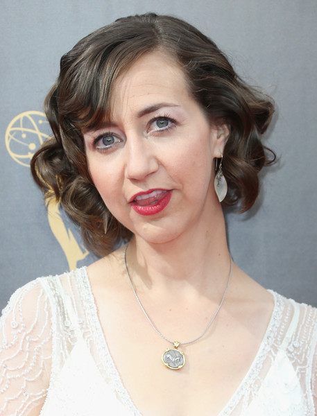 Kristen Schaal Curled Out Bob [hair,face,hairstyle,lip,eyebrow,chin,forehead,head,beauty,lady,arrivals,kristen schaal,creative arts emmy awards,los angeles,california,microsoft theater]
