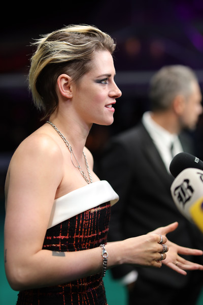 Kristen Stewart Link Bracelet [seberg premiere,hair,hairstyle,games,fashion,long hair,carpet,event,premiere,recreation,flooring,kristen stewart,zurich,switzerland,kino corso,zurich film festival,premiere]