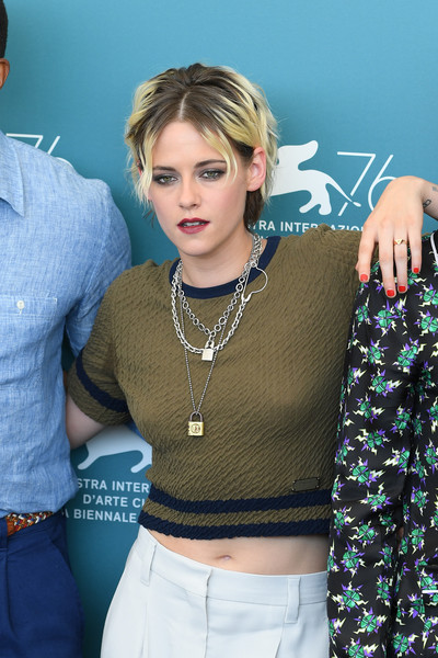 Kristen Stewart Red Nail Polish [seberg photocall - the 76th venice film festival,clothing,beauty,crop top,fashion,jeans,photo shoot,photography,model,top,outerwear,seberg,kristen stewart,sala grande,photocall,venice,italy,76th venice film festival]