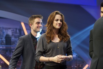 Kristen Stewart Robert Pattinson Robert Pattinson and Kristen Stewart Attend 'El Hormiguero' Tv Show