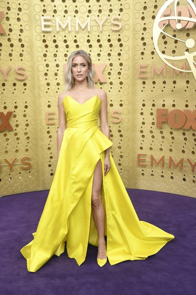 Kristin Cavallari Pumps [dress,clothing,gown,yellow,fashion model,formal wear,bridal party dress,carpet,haute couture,fashion,arrivals,kristin cavallari,emmy awards,microsoft theater,los angeles,california]
