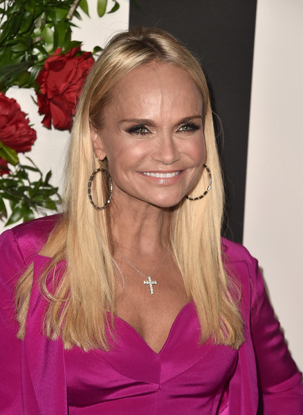 Kristin Chenoweth Long Straight Cut
