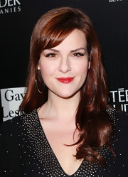 Sara Rue wore her wispy bangs swept to the side at a benefit for Homeless Youth Services in LA.