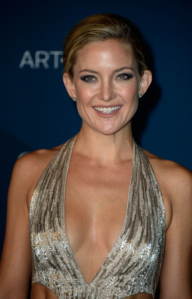 More Pics of Kate Hudson Cutout Dress (1 of 9) - Cutout Dress Lookbook - StyleBistro