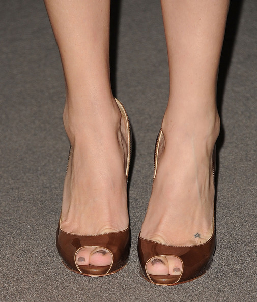 More Pics of Kate Hudson Peep Toe Pumps (3 of 51) - Peep Toe Pumps Lookbook - StyleBistro