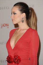 Olivia Wilde wore her hair in an elegant ponytail at the 2011 LACMA Art and Film Gala.