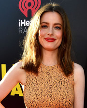 Gillian Jacobs stayed casual with this mildly messy, center-parted style at the world premiere of 'Life of the Party.'